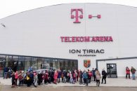 Patinoarul Telekom Arena își deschide oficial porțile pentru publicul larg, cu ocazia Sărbătorilor de Iarnă