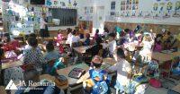 De șapte ani, Junior Achievement România aduce gratuit educația financiară în școli și licee, cu susținerea Raiffeisen Bank
