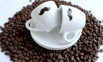 Alegi un espressor cu cafea boabe sau unul cu capsule?