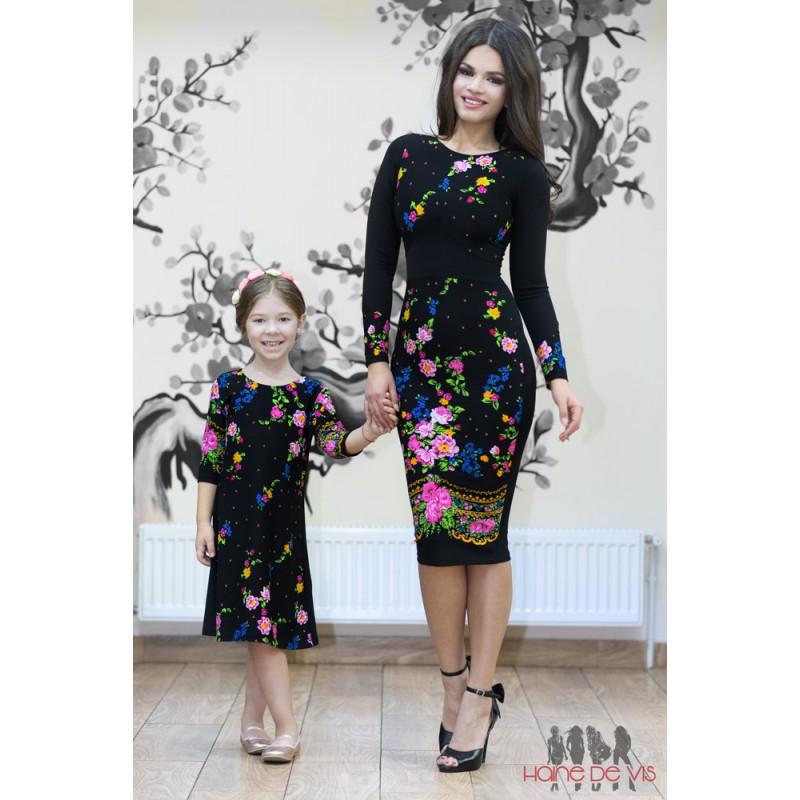 Rochii mama-fiica pentru fashioniste convinse