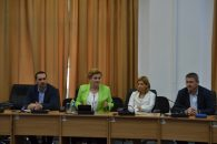 Informare de presă Ministerul Mediului: Întâlnire cu reprezentanții rafinăriilor din zona Ploiesti ca urmare a sesizărilor privind calitatea aerului, primite din partea locuitorilor din acest oraș