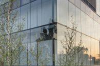 Guardian Glass Europa lansează o nouă sticlă pentru control solar, peliculă cu două straturi de argint, cu aspect gri-neutru și performanță sporită