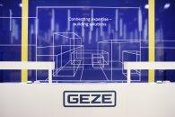 GEZE Cockpit: Sistemul inteligent de automatizare pentru clădiri mai sigure, mai eficiente și mai confortabile