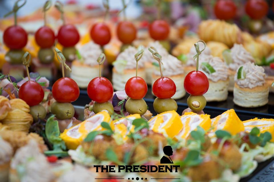 "Brunch relaxant la The President cu tema: ""Duminica in familie!"""