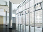 GEZE lansează noul sistem de acționare Slimchain 230 V pentru o ventilare completă