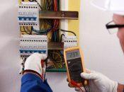 Ce fel de lucrari realizeaza un electrician din cadrul firmei Electrocoserv?