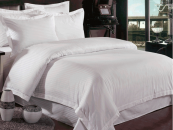 Lenjeriile de pat damasc de la C&C Home rasfata si incanta prin calitate