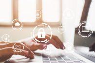 Senior Software face prima implementare 100% de la distanta