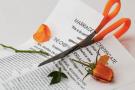 Într-o societate în care nimic nu mai este sigur, convenţiile matrimoniale încheiate la notar sunt o rază de speranţă pentru cupluri!
