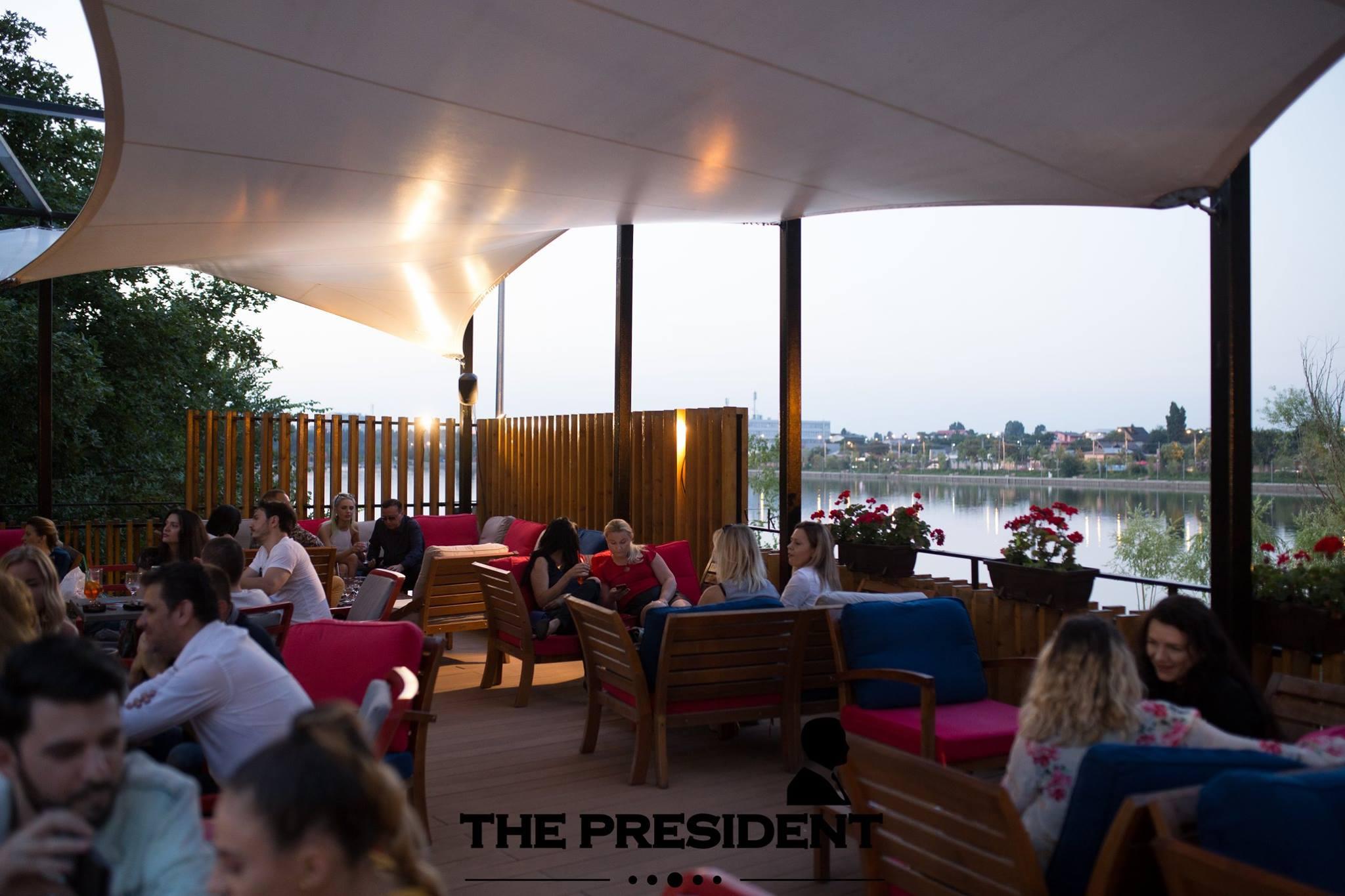 """In vino veritas"": degustare de vin bun si atmosfera relaxata la The President Club"